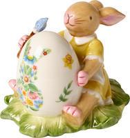 Zajačica maľujúca vajíčko Bunny Family