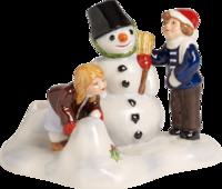 Svietnik, deti robia snehuliaka North Pole Express