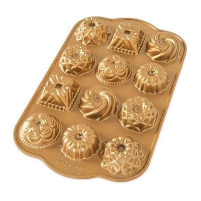 Forma na 12 mini báboviek, zlatá Nordic Ware - 1